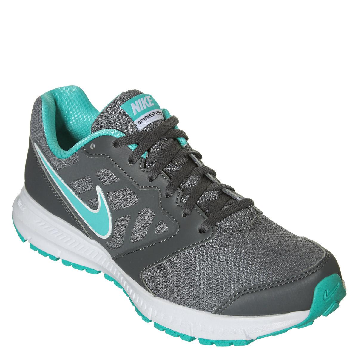 Nike Verdes